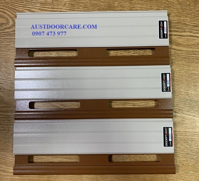 ✅ AUSTDOORCARE ✅CỬA DOORTECH D70 DÀY 1.1mm-2.3mm GIÁ 2.200.000VNĐ/m2