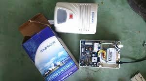 Bộ Hộp Điều Khiển Cửa Cuốn Austdoor AD901 cửa tấm liền có 2 tay remote điều khiển từ xa DK1 giá 2.990.000vnđ/bộ